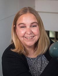 Stephanie Kuenning